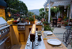 Outdoor Kitchens, BBQs